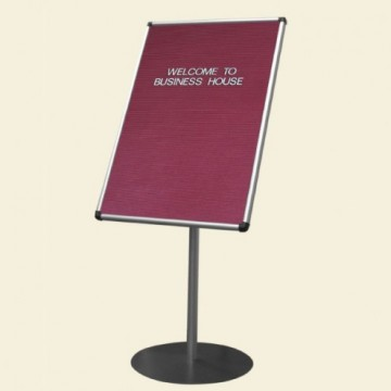 Free standing grooved letter board